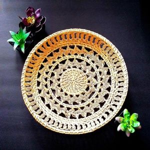 Other - EUC WOVEN BASKET/TRAY